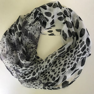 Accessories - Black and white sheer scarf animal patterns NEW